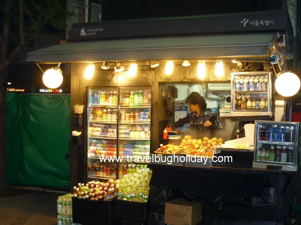 Food stall outside shopping complex, Dongdaemun, Seoul, Korea