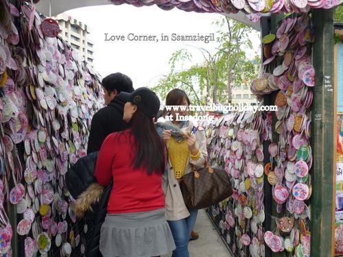 Love Notes Corner at Ssamziegil, Insadong, Seoul, Korea